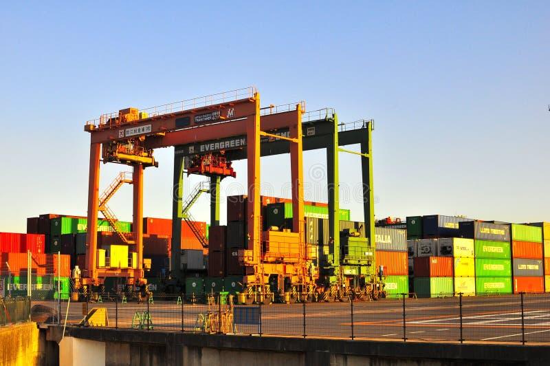 токио стержня odaiba контейнера стоковые фотографии rf