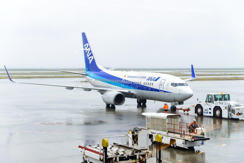 ТОКИО, ЯПОНИЯ - 27-ОЕ НОЯБРЯ 2016: самолет управляемый всей японией Ai стоковые фото