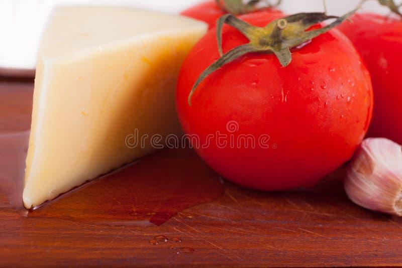 Download Томаты стоковое фото. изображение насчитывающей vegetarian - 40581100