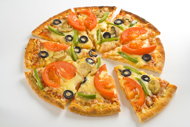 томат пиццы свежего домодельного гриба сыра прованский стоковое фото rf