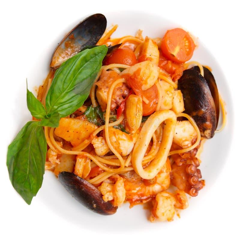 томат продуктов моря соуса плиты макаронных изделия стоковое изображение rf