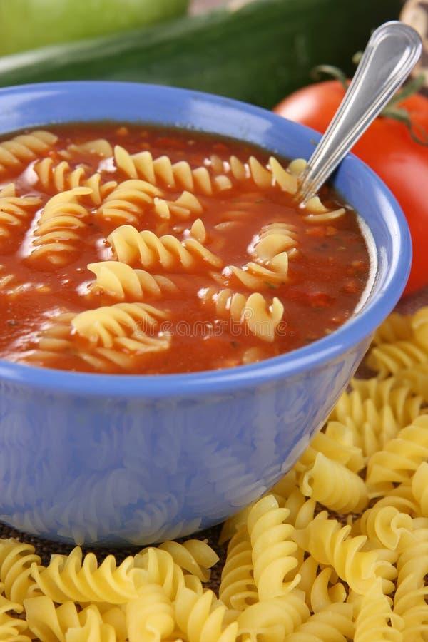 томат супа макаронных изделия стоковая фотография rf
