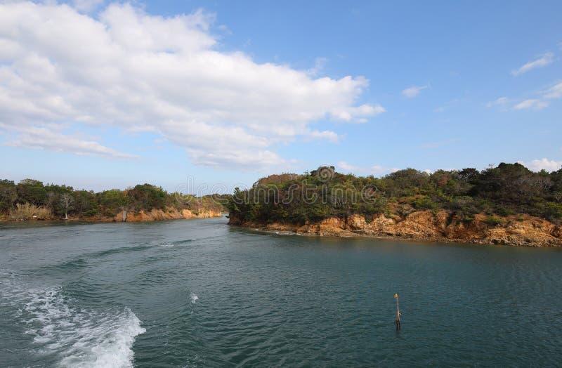 Тому назад ландшафт Shima Япония острова залива стоковое фото rf