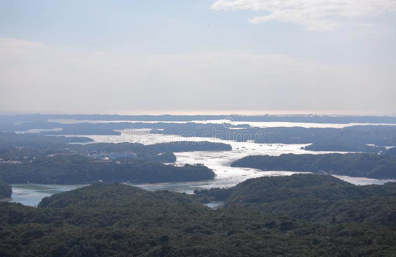 Тому назад ландшафт Shima Япония острова залива стоковые фотографии rf