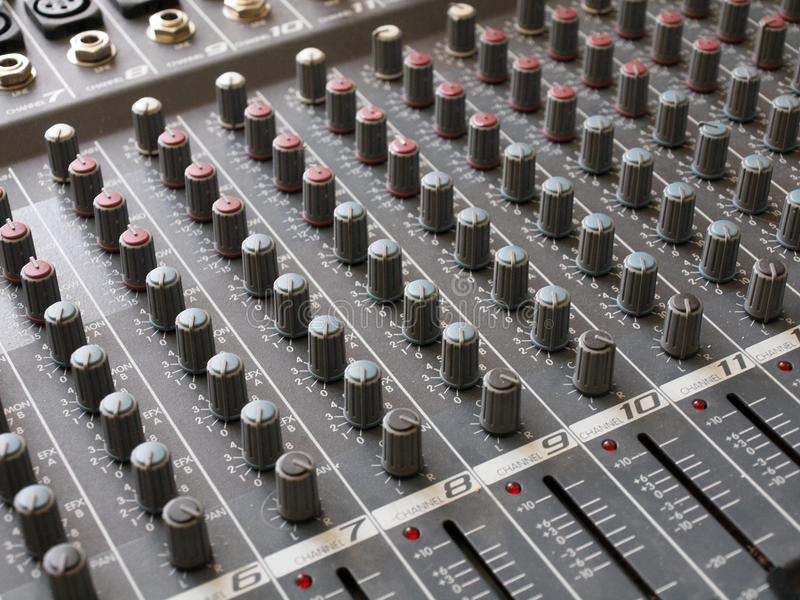 тональнозвуковое audiomixer редактируя устройство стоковые изображения