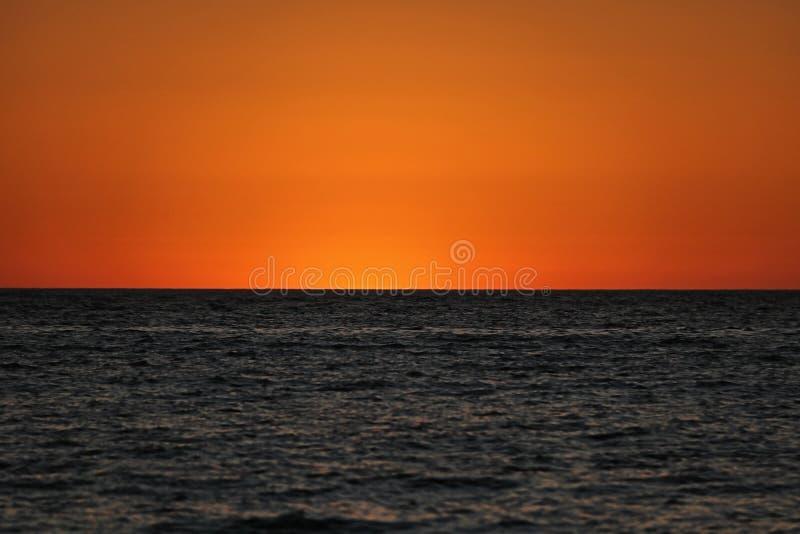 2 тонизировали заход солнца стоковое изображение rf