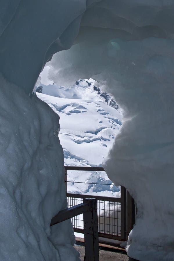 тоннель льда стоковая фотография rf