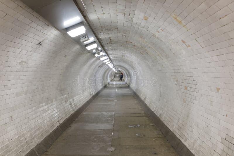Тоннель ноги Гринвич под рекой Темза стоковая фотография rf