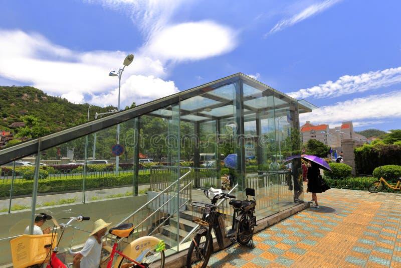 Тоннель стекла подземный, саман rgb стоковые фотографии rf