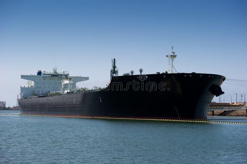 топливозаправщик корабля масла стоковое изображение rf
