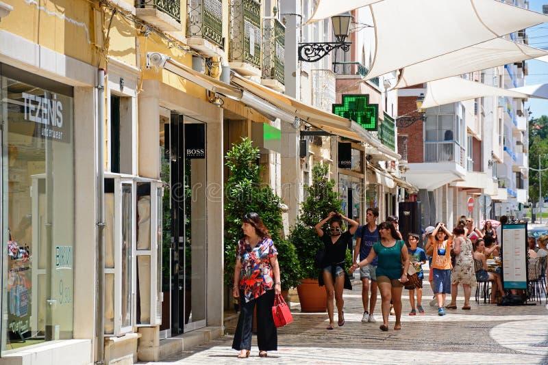 Торговая улица центра города, Faro стоковые изображения