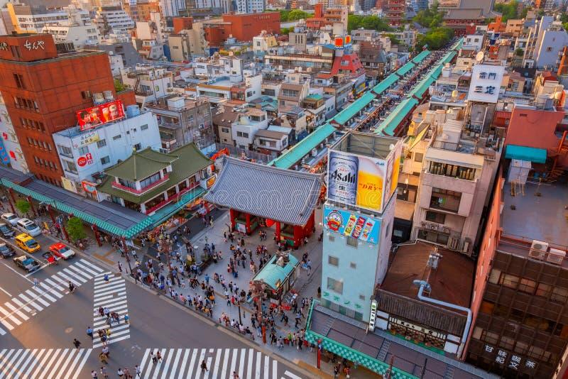 Торговая улица Nakamise на виске Sensoji в районе Asakusa в токио стоковое фото