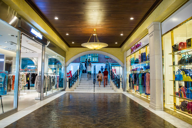 Торговый центр в венецианском Макао стоковая фотография