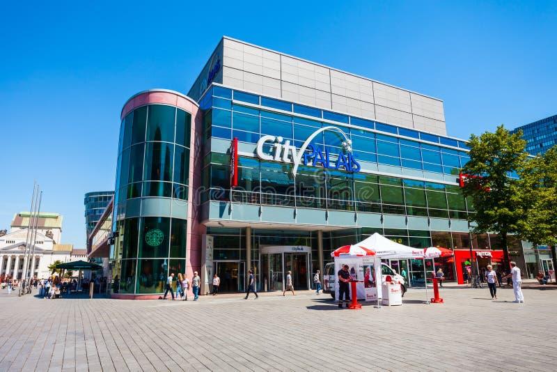 Торговый центр CityPalais в Дуйсбурге стоковые фотографии rf