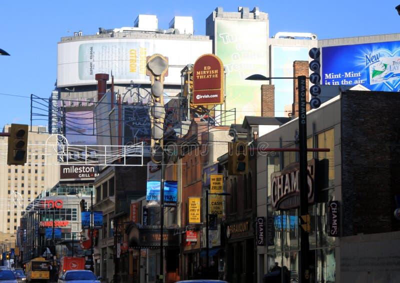 ТОРОНТО, КАНАДА - 8-ОЕ ЯНВАРЯ 2012: Городской пейзаж центрального Торонто стоковые изображения