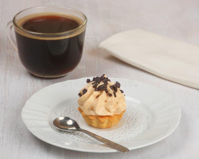 Торты кофе и сливк стоковое изображение rf