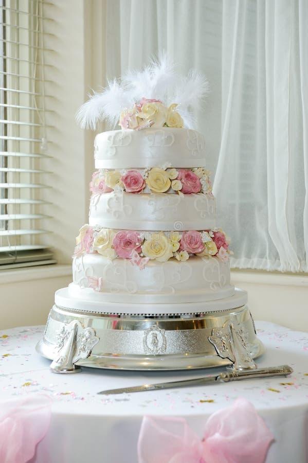 Торт венчания стоковые изображения