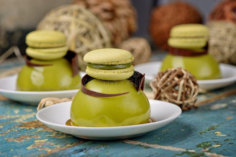 Торт десерта купола Matcha стоковая фотография