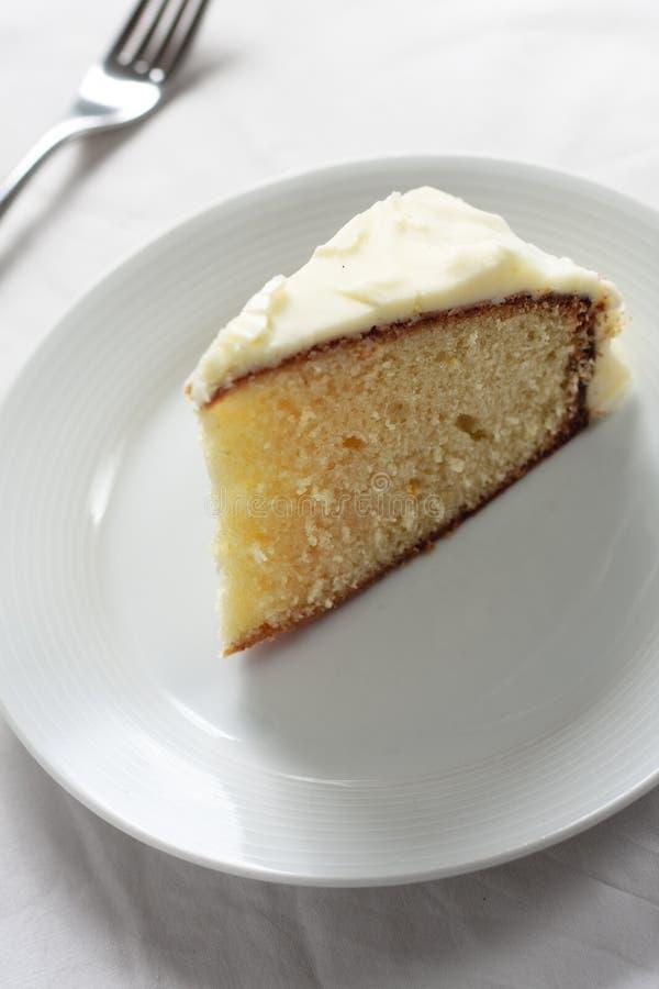 Download Торт лимона стоковое фото. изображение насчитывающей плита - 33732442