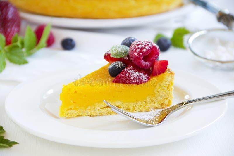 Торт лимона стоковые фотографии rf