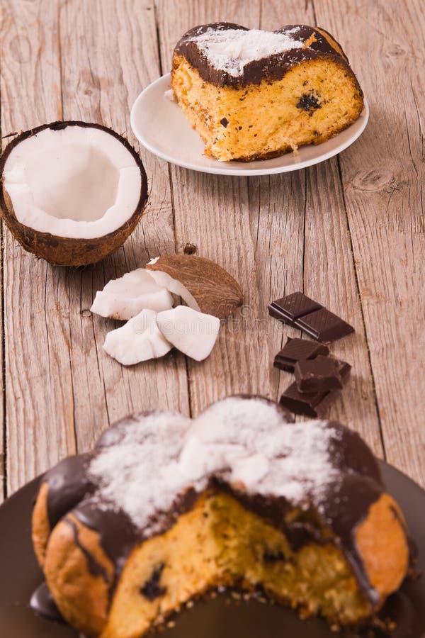 Торт кокоса шоколада стоковые изображения rf