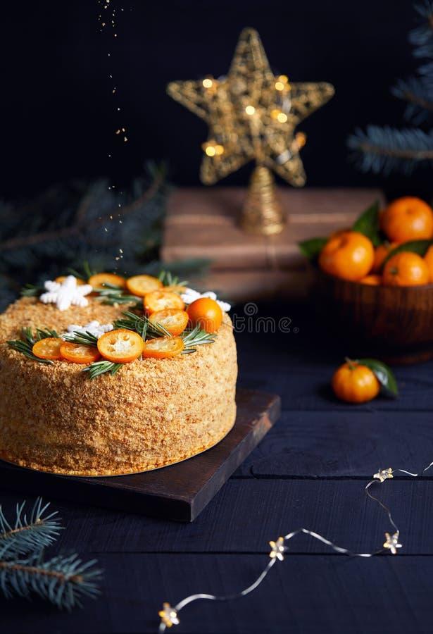 Download Торт меда рождества на черной предпосылке Стоковое Изображение - изображение: 106251409