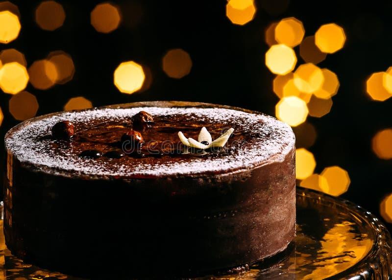 Торт на черной предпосылке стоковая фотография
