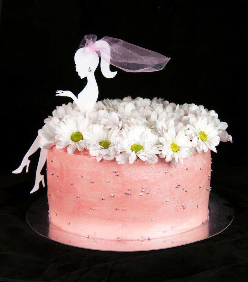 Торт на черноте стоковое фото