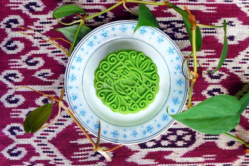Торт луны, вкус зеленого чая стоковое фото rf