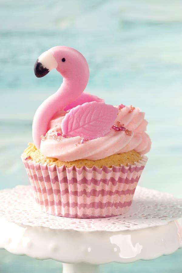 Торт чашки фламинго стоковое фото