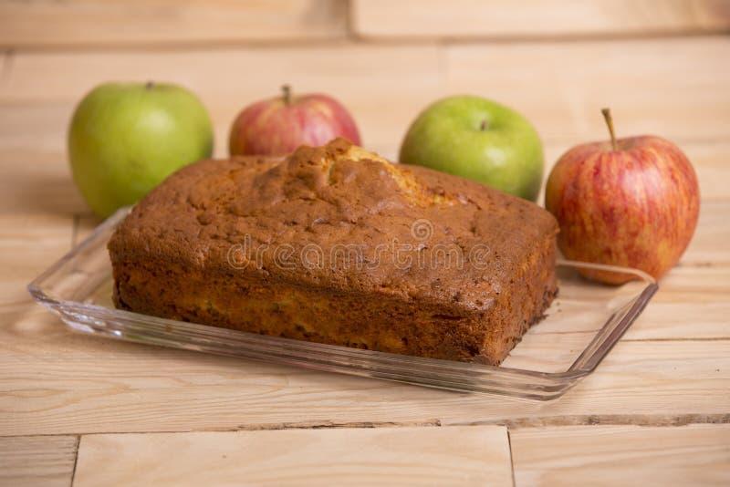 торт яблока покрыл ломтики студня стоковое изображение rf