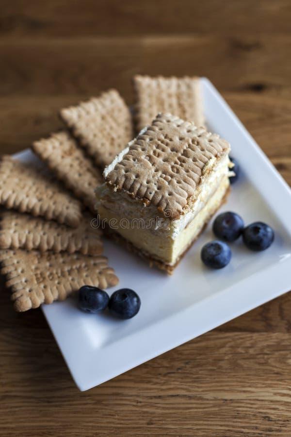 торт 3bit с печеньями стоковое изображение
