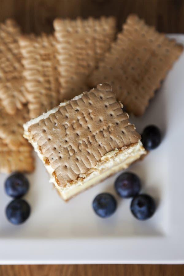 торт 3bit с печеньями стоковая фотография rf