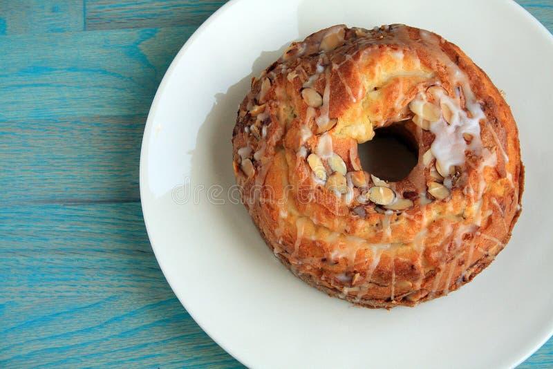 Торт bunt миндалины стоковое изображение rf
