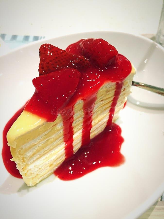 Торт crape клубники стоковое фото rf