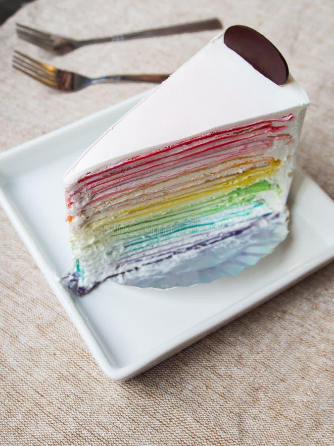 Торт Crape радуги стоковая фотография