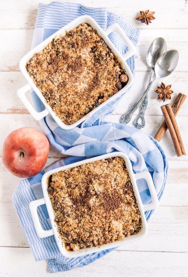 Торт crumble Яблока стоковое изображение rf