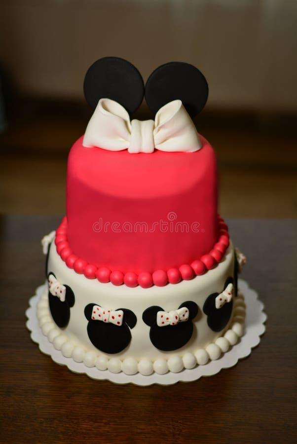 Торт Sugarpaste в форме мини-мыши стоковые фотографии rf