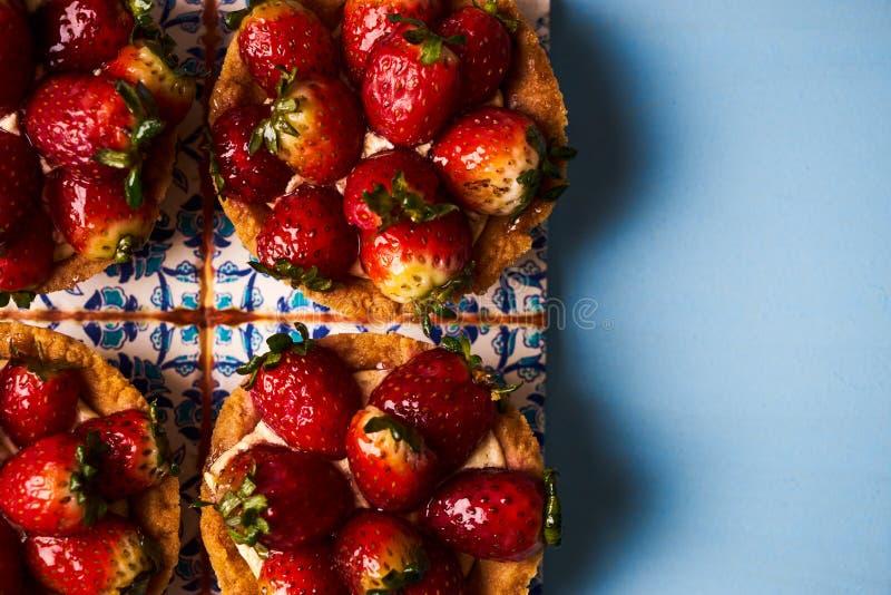 Торт Tartlet или печенье торта корзины стоковые фото