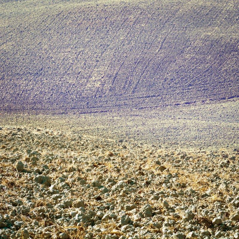 Download Тоскана в осени стоковое фото. изображение насчитывающей италия - 41654128