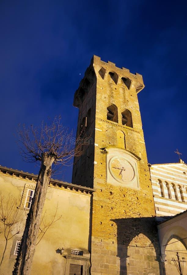 Тосканская церковь в Pieve San Paolo Capannori стоковая фотография rf