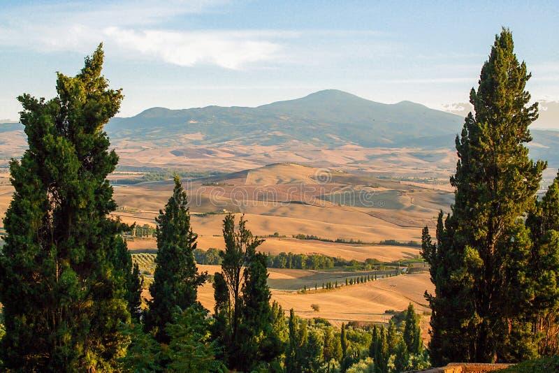 Тосканский ландшафт val orcia ` d стоковые изображения rf