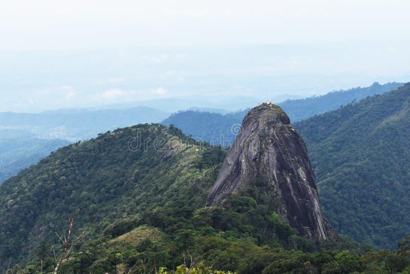 Точка зрения ландшафта горы в Таиланде стоковые фото