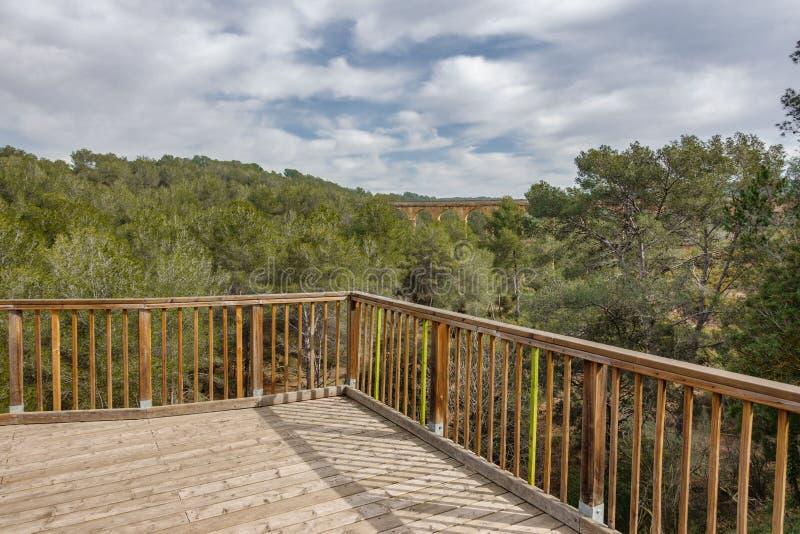 Точка зрения мост-водовода Ferreres стоковое фото