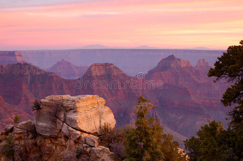 точка зрения яркого каньона ангела грандиозная стоковое изображение rf