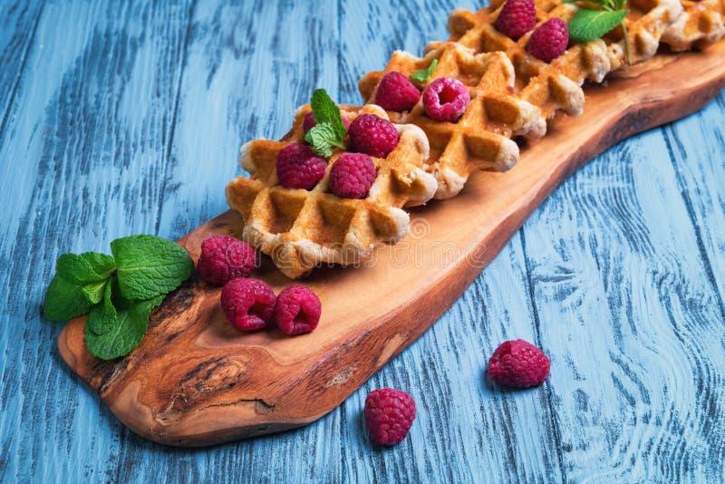 Толстые сочные бельгийские waffles стоковая фотография rf