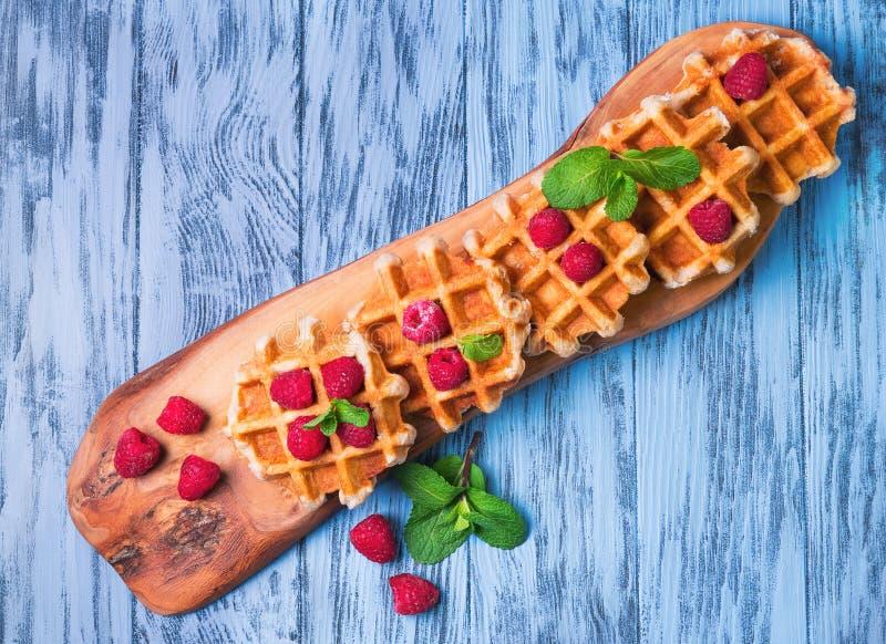 Толстые сочные бельгийские waffles стоковое фото