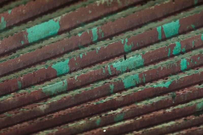 Толь гнить стальной после дождя стоковые изображения rf