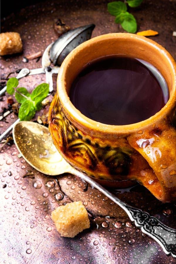 травяной горячий чай стоковые изображения rf