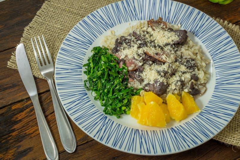 Традиционная еда Feijoada бразильянина стоковое фото